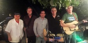 Solucion Perfecta, performing latin music