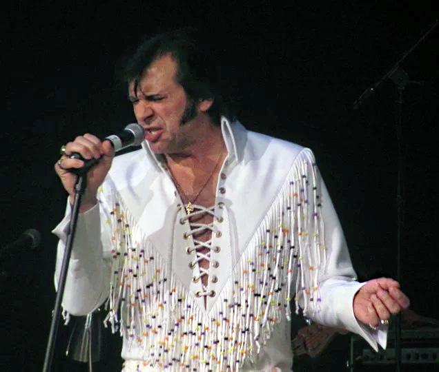 Elvis Tribute, Darrin Hagel